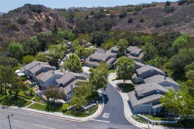 836 S Amber Lane, Anaheim Hills CA: http://media.crmls.org/medias/95f2627a-214a-42b7-9158-fed6389ea0be.jpg