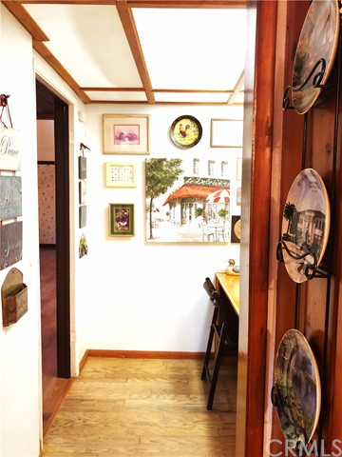 1574 Dorothea Road, La Habra Heights CA: http://media.crmls.org/medias/95f27dd3-2c0c-43a3-9710-5f6c37fe6b5a.jpg