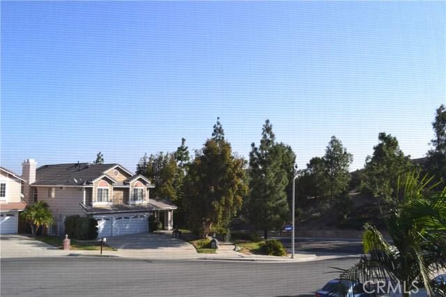 494 Wellington Circle, Corona CA: http://media.crmls.org/medias/95f96054-a2e3-4478-935c-abffaae2a872.jpg