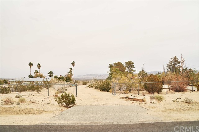 1 Two Mile Road 29 Palms, CA 0 - MLS #: JT18287122