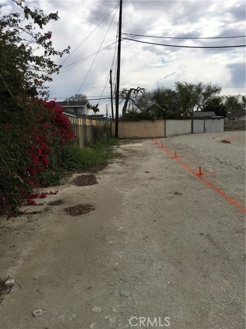 20625 Harvest Avenue, Lakewood CA: http://media.crmls.org/medias/96066b8f-06dd-4d9a-aa41-519c8e845f1d.jpg