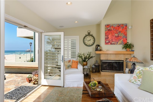 Additional photo for property listing at 608 The Strand  Manhattan Beach, Калифорния,90266 Соединенные Штаты