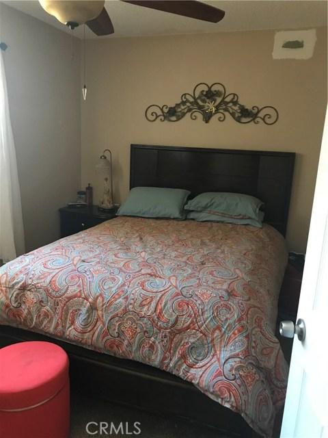 25809 26th Street, San Bernardino CA: http://media.crmls.org/medias/96175b89-31dd-481b-872b-ee2e5025ae8b.jpg