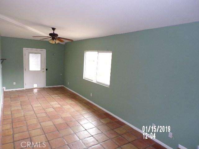 10766 San Jacinto Street, Morongo Valley CA: http://media.crmls.org/medias/96191d6a-08cd-4453-a7ef-4deb21b2153b.jpg