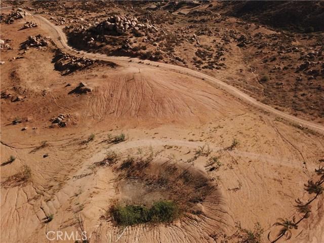 25050 El Toro Road, Perris CA: http://media.crmls.org/medias/96197aa5-2035-409d-8bb2-54b7c5012d8f.jpg