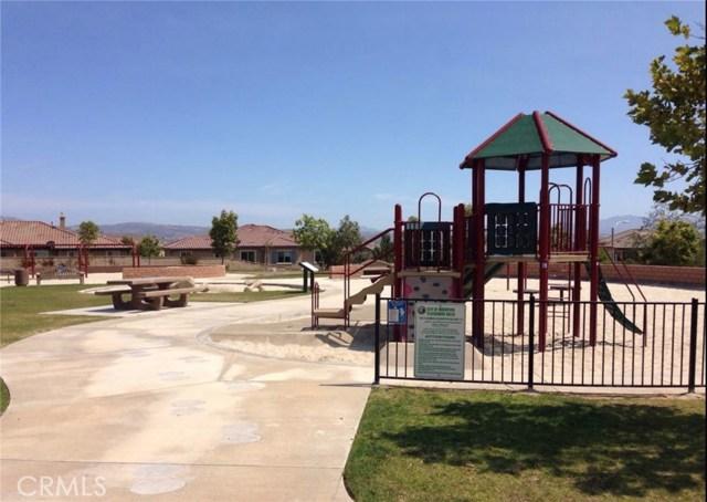6578 Fishers Court, Moorpark CA: http://media.crmls.org/medias/961b2ff7-efbf-4445-baf7-747577e14fbf.jpg