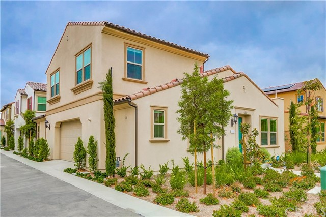 111 Bright Poppy, Irvine, CA 92618