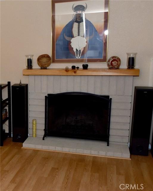 9379 Delfern Lane, Riverside CA: http://media.crmls.org/medias/96253a44-1946-4ee7-b3e9-c61398de65cc.jpg