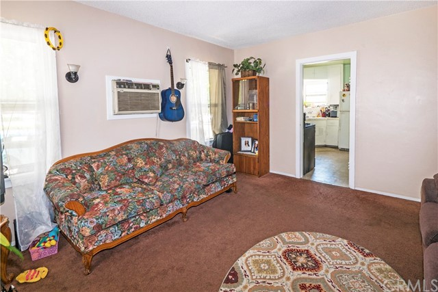 14503 Chevalier Avenue, Baldwin Park CA: http://media.crmls.org/medias/9627f272-fde8-4177-b8ab-200728deb470.jpg