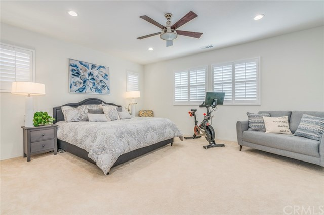 7642 Turtle Mountain Circle, Eastvale CA: http://media.crmls.org/medias/96351bd5-7ef9-4349-ac74-968975232656.jpg