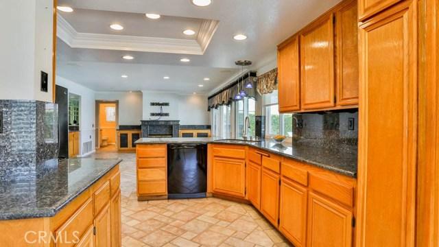 16455 Lake Knoll Parkway Riverside, CA 92503 - MLS #: IG17124239