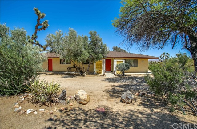 5407 Paradise View Rd, Yucca Valley, CA 92284 Photo