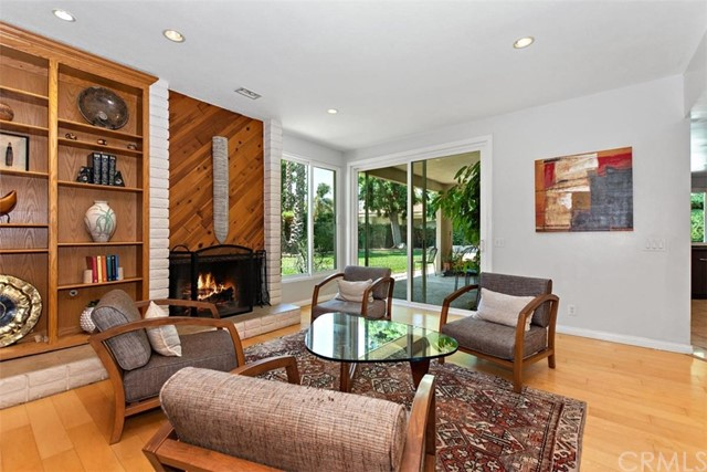 265 W Sonora Place, Claremont CA: http://media.crmls.org/medias/9655781a-bed1-401e-aa65-36dd64a82a37.jpg