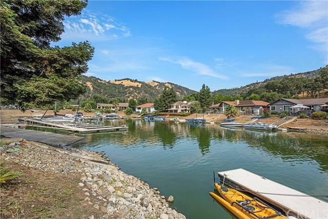 8448 Paradise Lagoon Drive, Lucerne CA: http://media.crmls.org/medias/9656980b-7c73-4078-afa7-0c7707ecd473.jpg
