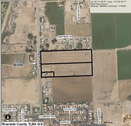 Photo of home for sale at 1006 Broadway, Blythe CA