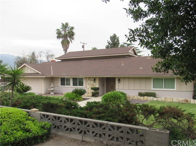 7891 Chula Vista Drive, Rancho Cucamonga CA: http://media.crmls.org/medias/9670dc3e-be5e-49c2-a1a5-41e04c469766.jpg