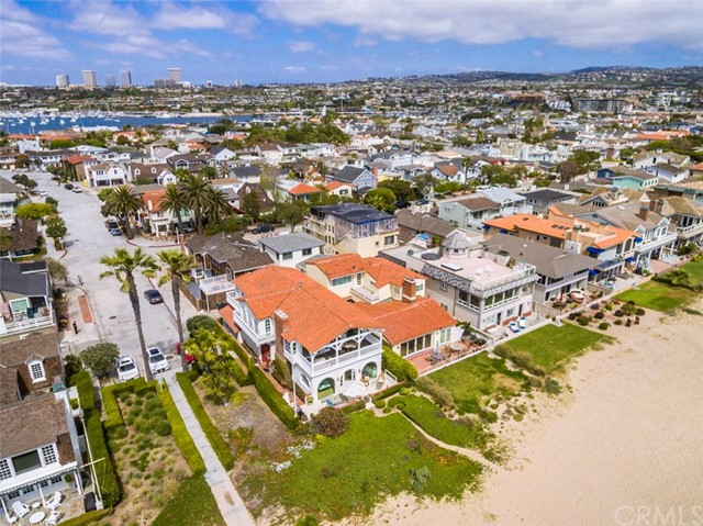 Photo of 1700 E Oceanfront, Newport Beach, CA 92661