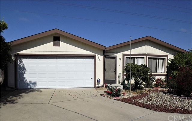 519 W Taylor Street, Santa Maria CA: http://media.crmls.org/medias/9679419b-aec9-4490-b14b-c6c0c9c06165.jpg