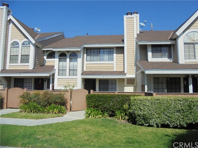 Townhouse for Rent at 12075 Foster Road Norwalk, California 90650 United States