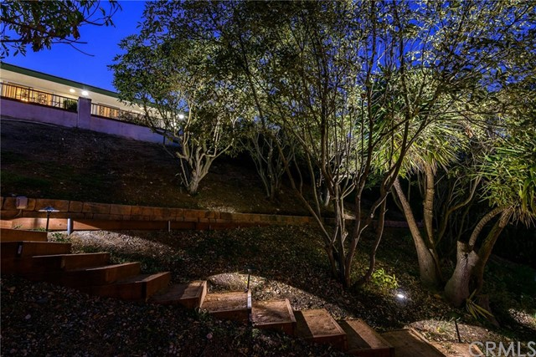 2447 Daladier Drive Rancho Palos Verdes, CA 90275 - MLS #: PV17253085