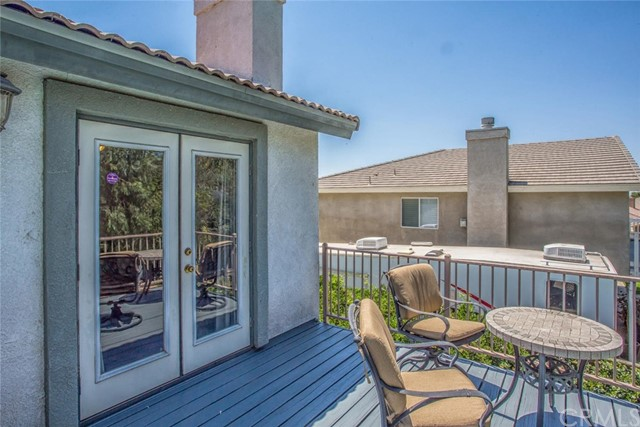 1555 Lakeview Street, Beaumont CA: http://media.crmls.org/medias/9688d110-dfdf-4a03-a996-1bbb86376c34.jpg