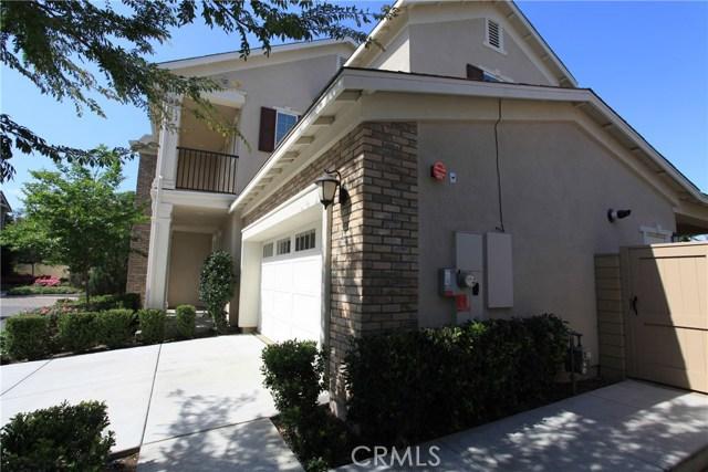 260 Wicker, Irvine CA: http://media.crmls.org/medias/968c69d8-7bb3-47bc-95bd-34a920d27465.jpg