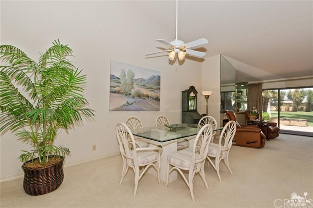 77626 Woodhaven Drive, Palm Desert CA: http://media.crmls.org/medias/968daeea-b94c-4e2e-9159-2b5ceaa998fb.jpg