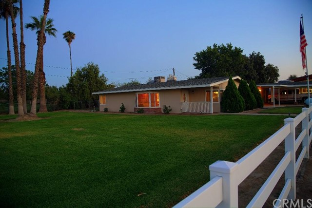Additional photo for property listing at 5450 46th Street  Riverside, California 92509 United States