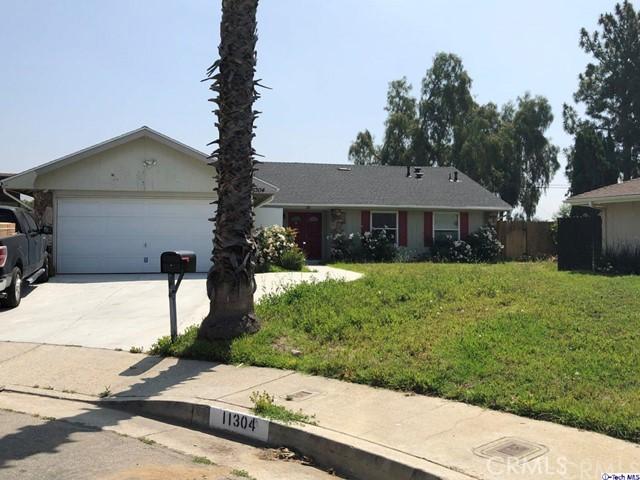11304 Kelowna St, Lakeview Terrace, CA 91342 Photo