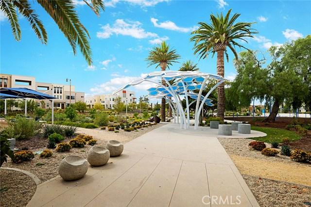 168 Follyhatch, Irvine CA: http://media.crmls.org/medias/9699a8d9-1310-41ba-a204-bb0a55fcbf4d.jpg