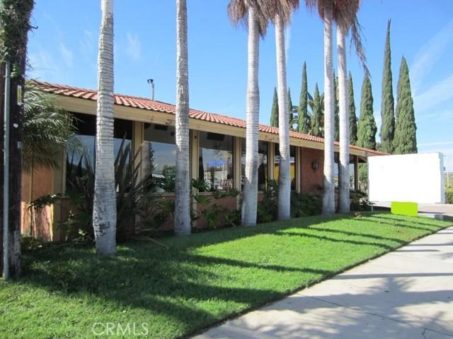 13660 Harbor Boulevard, Garden Grove CA: http://media.crmls.org/medias/969e5b6b-5d25-44f5-a071-f3295d98fdba.jpg