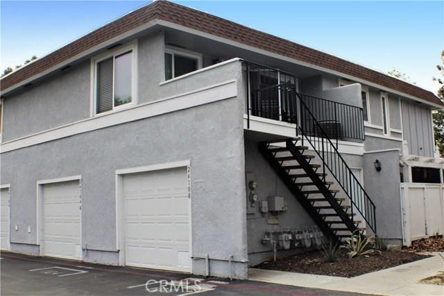 26108 Via Pera, Mission Viejo CA: http://media.crmls.org/medias/96a8c771-9031-4998-b61f-0849c7e19600.jpg