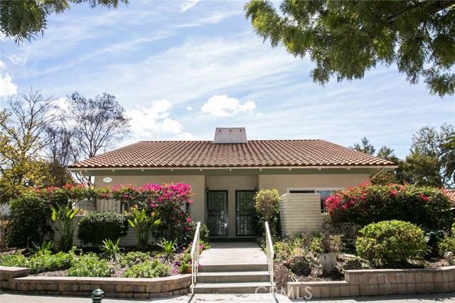 2073 Ronda Granada, Laguna Woods CA: http://media.crmls.org/medias/96ad8a0c-1529-4a8d-974d-924336cf808f.jpg