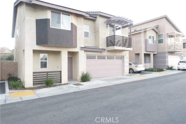 2061 N Colony Way, San Bernardino CA: http://media.crmls.org/medias/96b23f55-ba02-4032-b451-cdd0a19d4f41.jpg