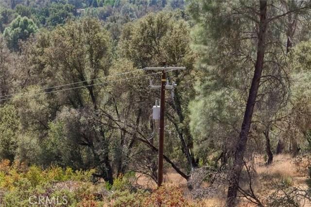 2374 Green Hills Road, Mariposa CA: http://media.crmls.org/medias/96c4aed6-9126-4a8f-a1dd-975be66e142e.jpg