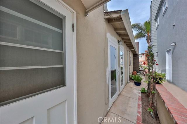 1565 Miramar Drive Newport Beach, CA 92661 - MLS #: OC18240617