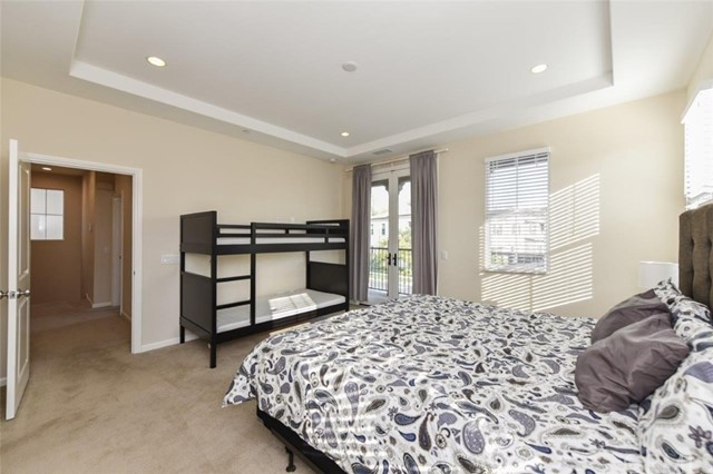 173 Working Ranch, Irvine CA: http://media.crmls.org/medias/96cad34c-c68f-45c7-9820-964294041905.jpg
