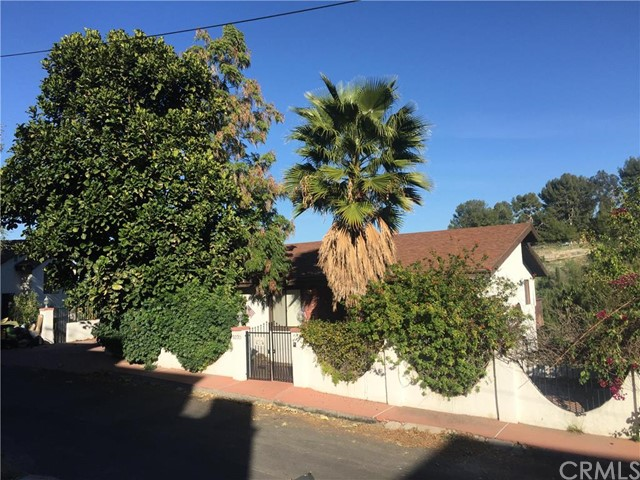 $739,900 - 4Br/3Ba -  for Sale in Woodland Hills