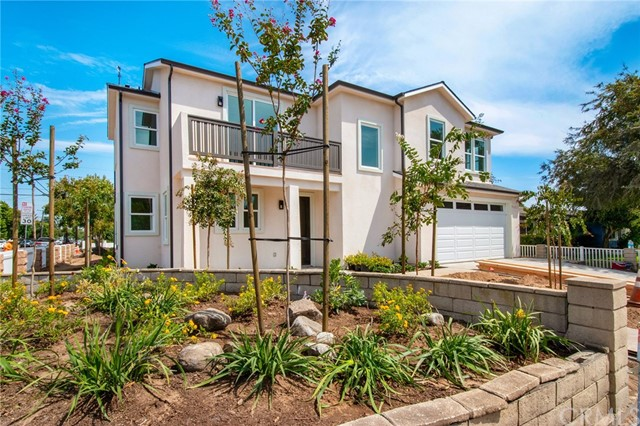 Photo of 302 Cabrillo Street, Costa Mesa, CA 92627