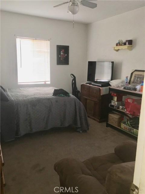 3412 Clark Avenue, Long Beach CA: http://media.crmls.org/medias/96d54e33-65d0-42e3-8b0c-6e26a916da13.jpg