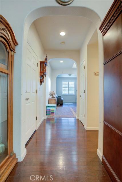 3724 Fallview Avenue, Ceres CA: http://media.crmls.org/medias/96d7c0ef-0e26-4b56-a48d-4f34894b6910.jpg