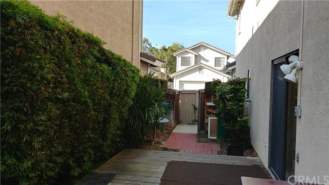 11 Hickory, Irvine, CA 92614 Photo 9