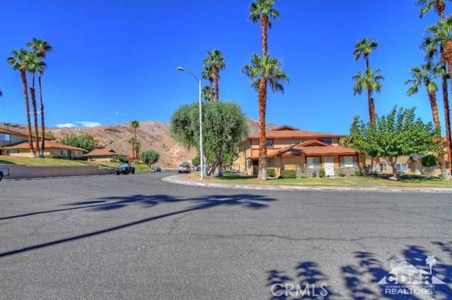 72664 Eagle Road, Palm Desert CA: http://media.crmls.org/medias/96e45aae-5d9c-44f6-9a9e-795f604fd200.jpg