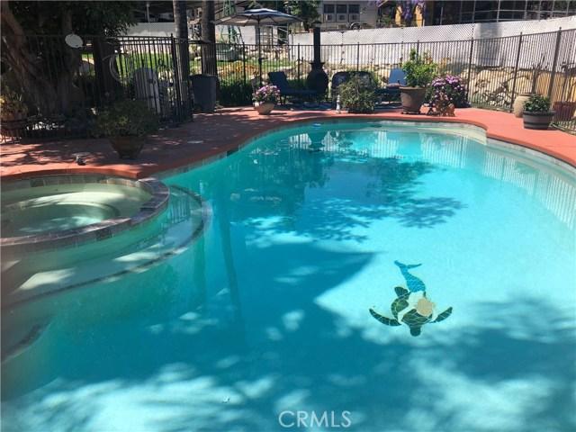 5537 Deer Creek Lane, Rancho Cucamonga CA: http://media.crmls.org/medias/96ecc9ea-1f09-4e49-a378-fed6117098c9.jpg