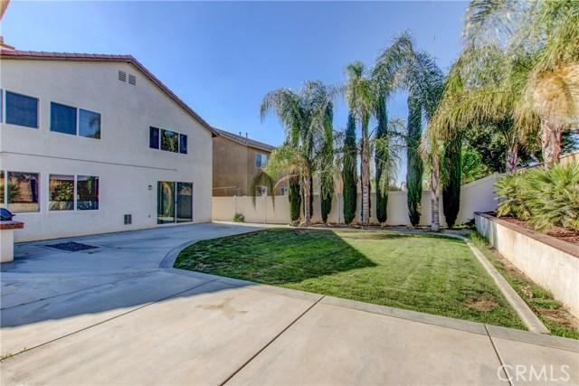 1247 Huckleberry Lane, San Jacinto CA: http://media.crmls.org/medias/96f6a68b-3802-4017-8dd6-b12c70956306.jpg
