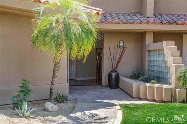 186 Desert Lakes Drive, Rancho Mirage CA: http://media.crmls.org/medias/96f97ffc-e435-42f9-9f61-009f60299dad.jpg