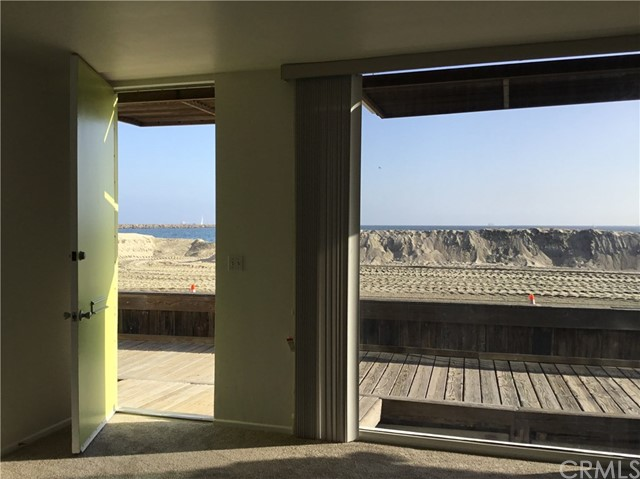 6899 E Seaside Walk Long Beach, CA 90803 - MLS #: PW18266125
