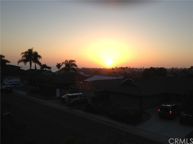 241 Via Socorro San Clemente, CA 92672 is listed for sale as MLS Listing OC17219502