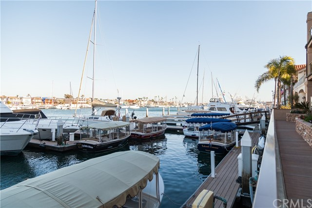 633 Lido Park Drive Unit 18 Newport Beach, CA 92663 - MLS #: OC18049043