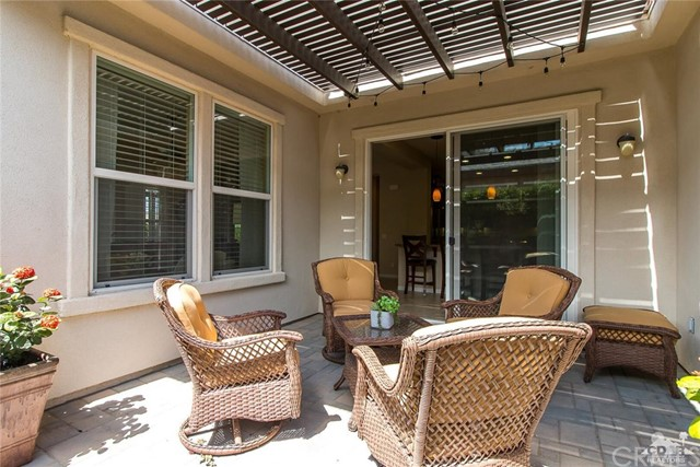 61445 Living Stone Drive, La Quinta CA: http://media.crmls.org/medias/97144558-caf0-47dc-9580-a9185630e940.jpg